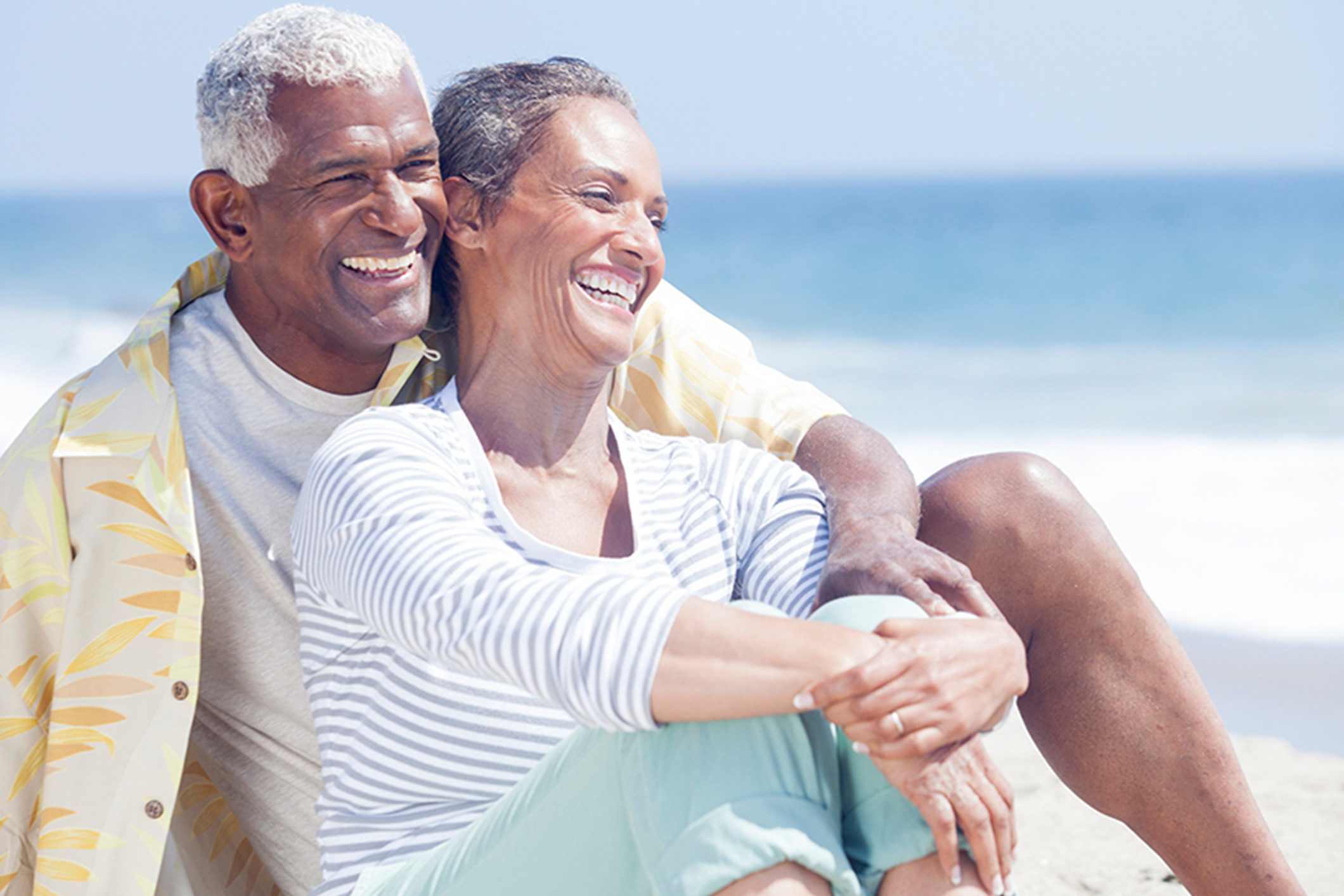 older_black_couple_on_beach_Banner_Block_2120px