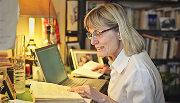 older-lady-researching-at-home_Feature_box_355px