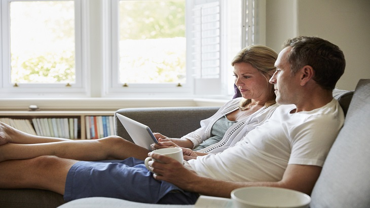 insurance - home insurance - resources - images - Man and Woman with Laptop